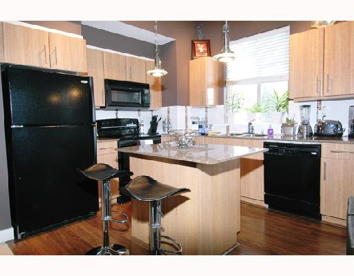 # 402 12020 207A ST - Northwest Maple Ridge Apartment/Condo for sale, 2 Bedrooms (V699416) #3
