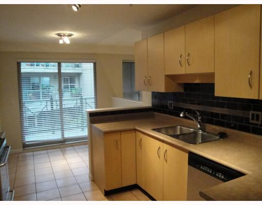 # C9 332 LONSDALE AV - Lower Lonsdale Apartment/Condo for sale, 2 Bedrooms (V803352) #2