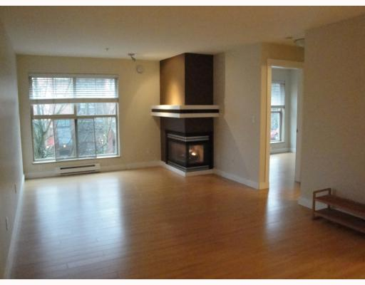 # C9 332 LONSDALE AV - Lower Lonsdale Apartment/Condo for sale, 2 Bedrooms (V803352) #4