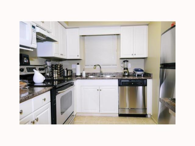 # 114 22277 122ND AV - West Central Apartment/Condo for sale, 1 Bedroom (V817227) #2