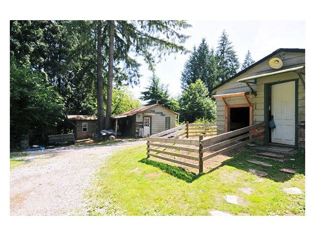 3695 VICTORIA DR - Burke Mountain House with Acreage for sale, 3 Bedrooms (V845844) #9