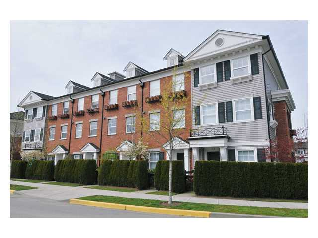 # 33 11067 BARNSTON VIEW RD - South Meadows Townhouse for sale, 2 Bedrooms (V851937) #1