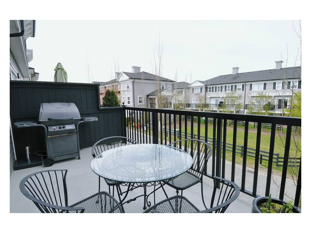 # 33 11067 BARNSTON VIEW RD - South Meadows Townhouse for sale, 2 Bedrooms (V851937) #8